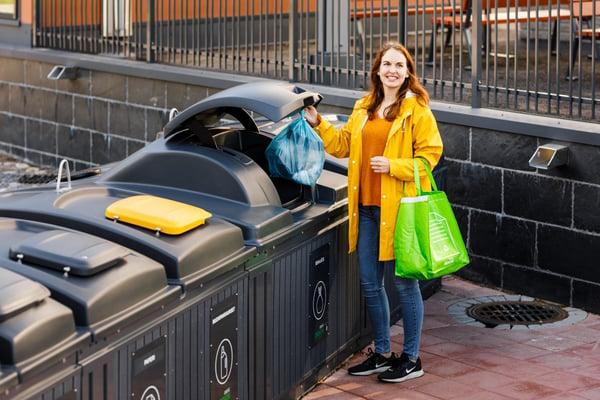 Repenser les points d'apport volontaires et la gestion des déchets urbains