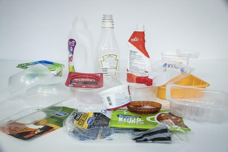 muovipakkauksia