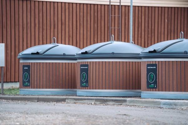Jäteastioiden laatu ja luotettavuus vai pelkkä hinta? Ota nämä 5 asiaa huomioon jätehuoltokumppanin valinnassa